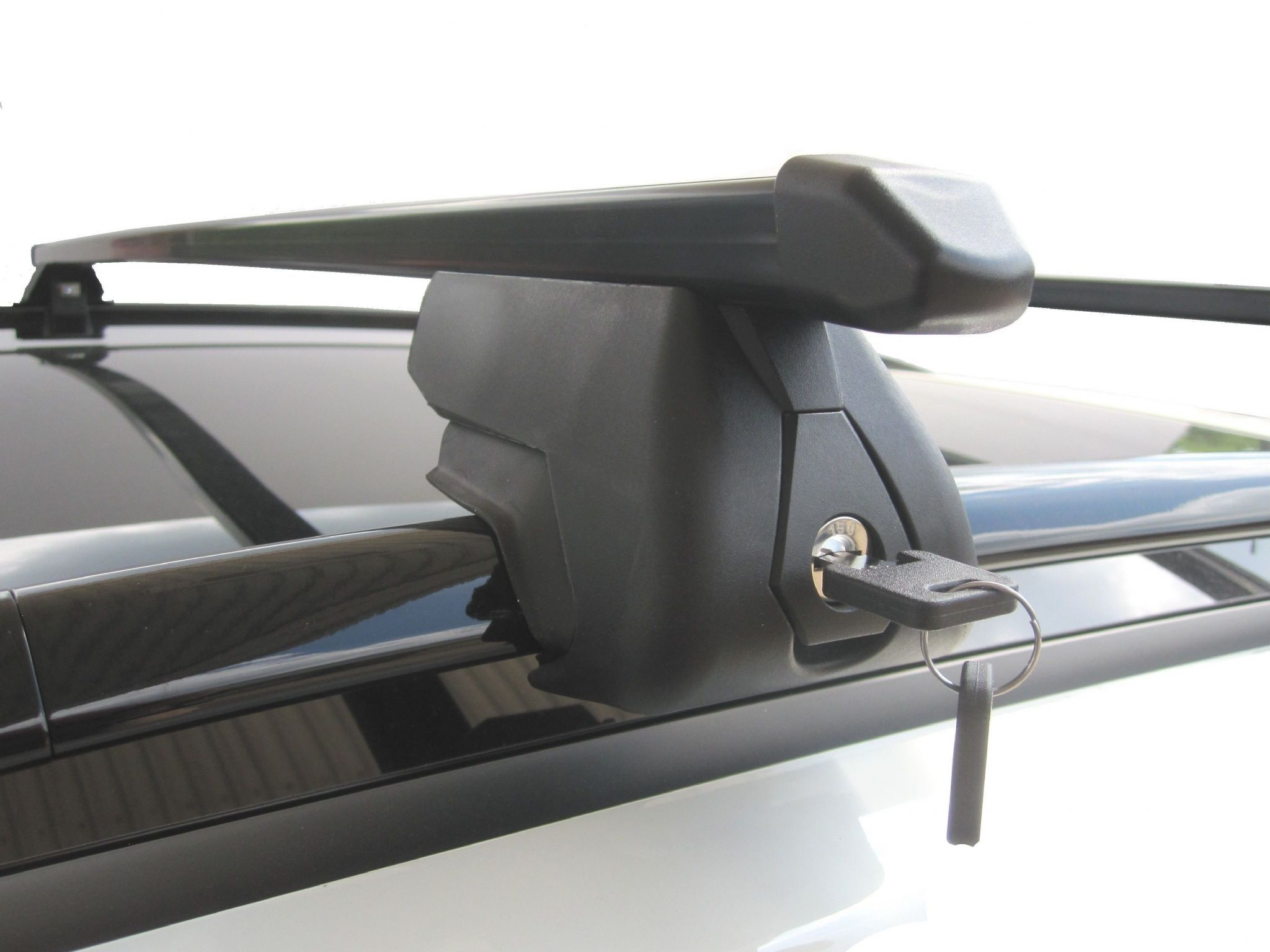 Roof Rack Rail Bars Lockable Honda Accord Estate Tourer 2008